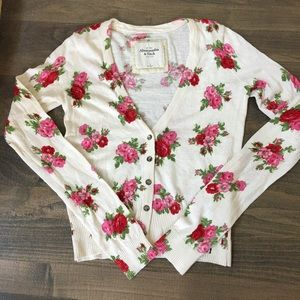 Abercrombie & Fitch Floral Cardigan 🌺🌸